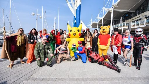 Superheroes take on Spinnaker Tower's 'The Drop'  in Comic Con countdown!